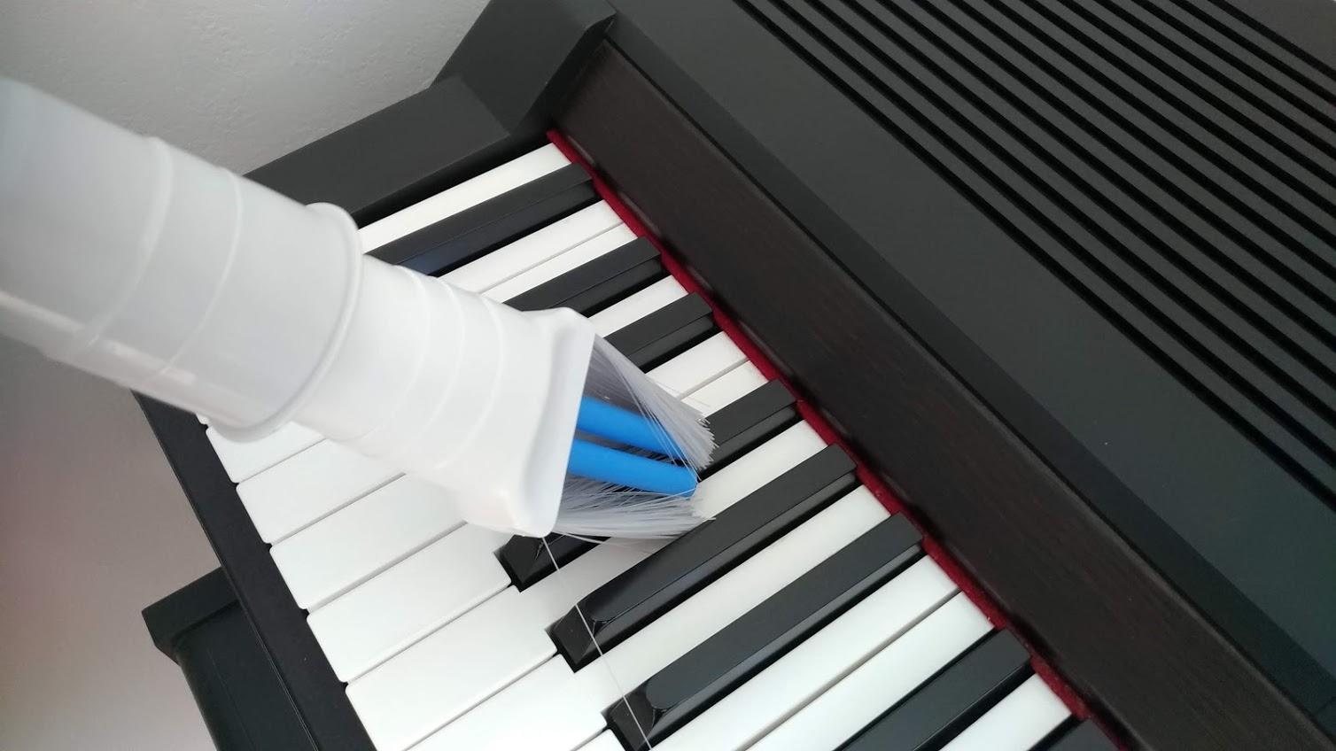 電子ピアノを掃除する